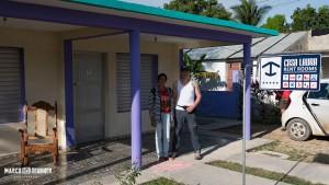 Ich und unsere nette Casa Besitzerin in Playa Larga
